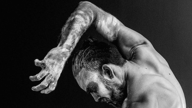 Sølvi Edvardsen's MAN. Dancer: Sudesh Adhana. Photos Trine og Kim Designstudio.