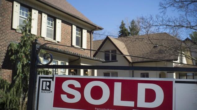 Le haut nombre d'opérations d'achat-revendre témoigne de la bulle qui menace le marché immobilier dans la grande région de Toronto.