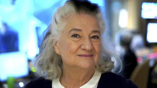 L'autrice Marie Laberge en régie du studio 17 de Radio-Canada.