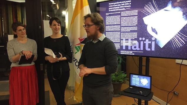 La Ville de Val-d'Or a procédé lundi soir au vernissage d'une exposition d'œuvres qui seront exposées sur le sentier J-P-Rolland-Fortin cet été.