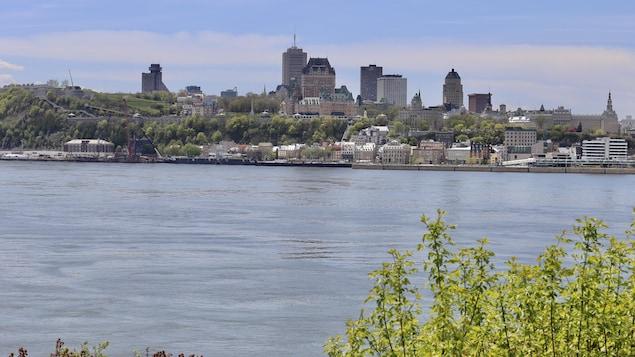 Vue sur la ville de Québec à partir de Lévis.