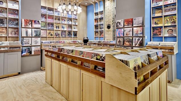 Une image d'un magasin de disques.