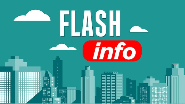 Le libellé « Flash info » inscrit sur le ciel dans une illustration qui contient aussi la silhouette d'une ville.