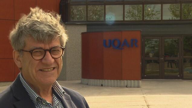 Le professeur émérite de l'Université du Québec à Rimouski Bruno Jean