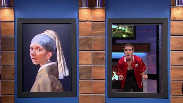 Elle apparait dans une fenêtre ouverte. Dans la fenêtre de gauche il y a la toile La jeune fille à la perle de Johannes Vermeer.