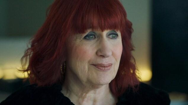 Linda Sorgini dans le rôle d'Esther Delorme dans Cerebrum.