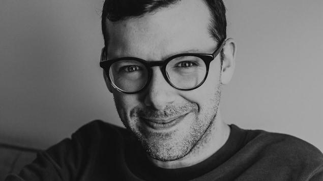 L'auteur et scénariste Simon Boulerice.