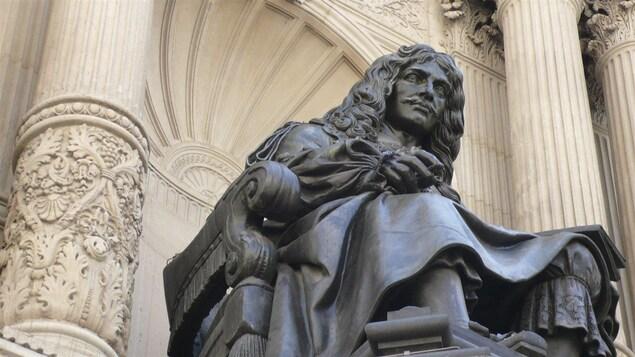 Une statue de Molière
