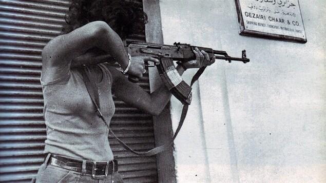 Jocelyne Khoueiry pendant la bataille du centre-ville de Beyrouth, fin 1975-début 1976