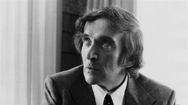 Le dramaturge québécois Marcel Dubé, en 1974