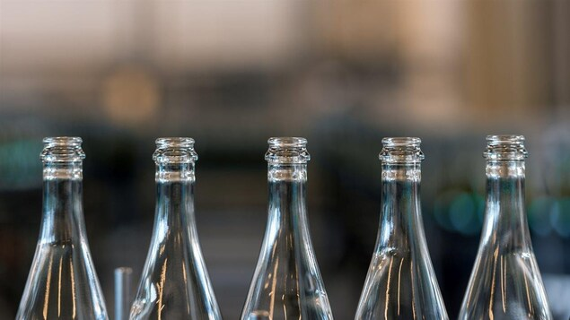 « Il y a dans la bouteille une malice, quelque chose de sorcier », dit Bernard Arcand.