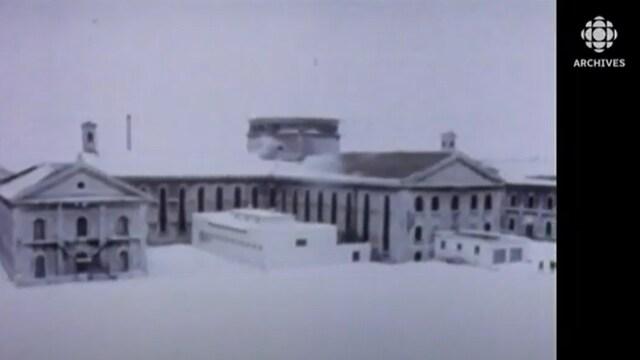 Vue partielle du pénitencier de Kingston dans les années 1960