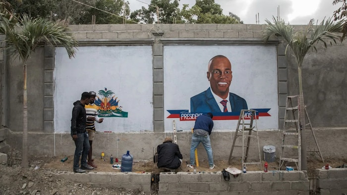 Local artists painted murals in tribute to Moïse after his assassination.
