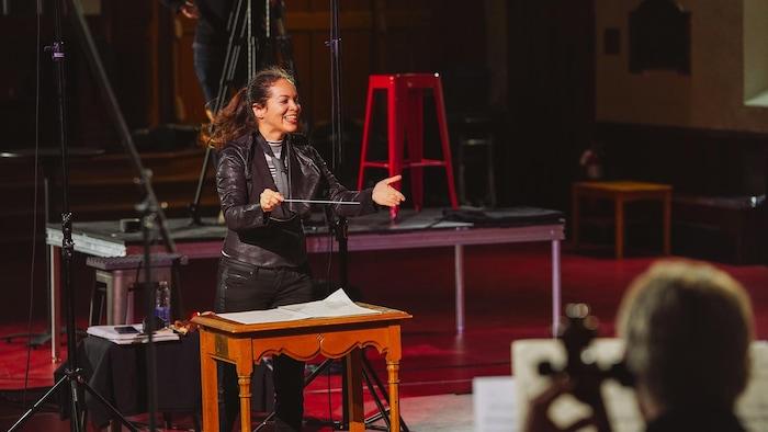 Grabación del concierto de la directora en Montreal.