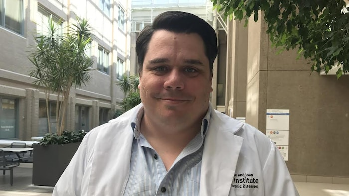 Craig Jenne, inmunólogo y microbiólogo en la Universidad de Calgary.
