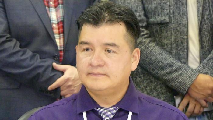 بوبي كاميرون   زعيم جمعيّة   الشعوب الأصليّة ذات السيادة في سَسكتشوان.