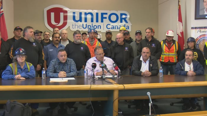 In October 2018, shortly after the Ford government announced it would wind down the Ontario College of Trades, Unifor representatives were among the labour groups speaking out against the plan.