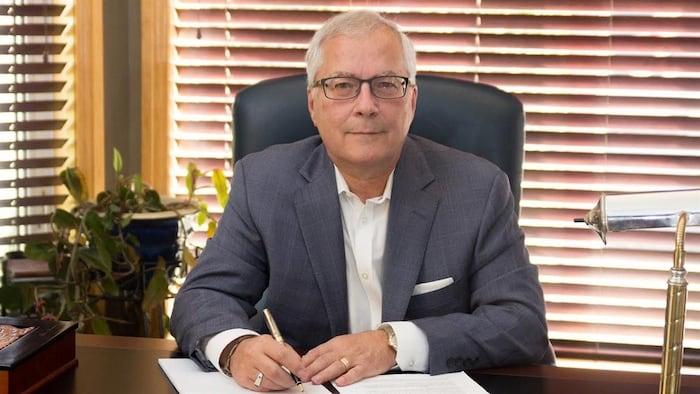 加拿大选举局 (Élections Canada)发言人 Réjean Grenier。