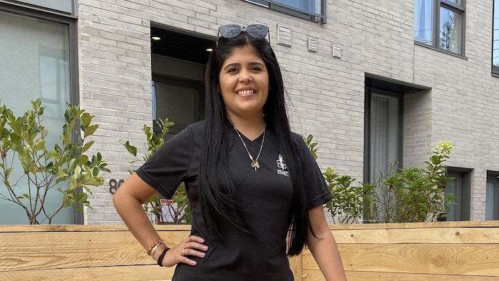 Maria Reano est une électrice indécise résidente du secteur Ville-Marie-le Sud-Ouest-Île-Des-Sœurs où Soledad Orihuela-Bouchard est candidate.