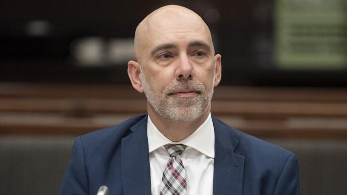 加拿大议会预算官 Yves Giroux 。