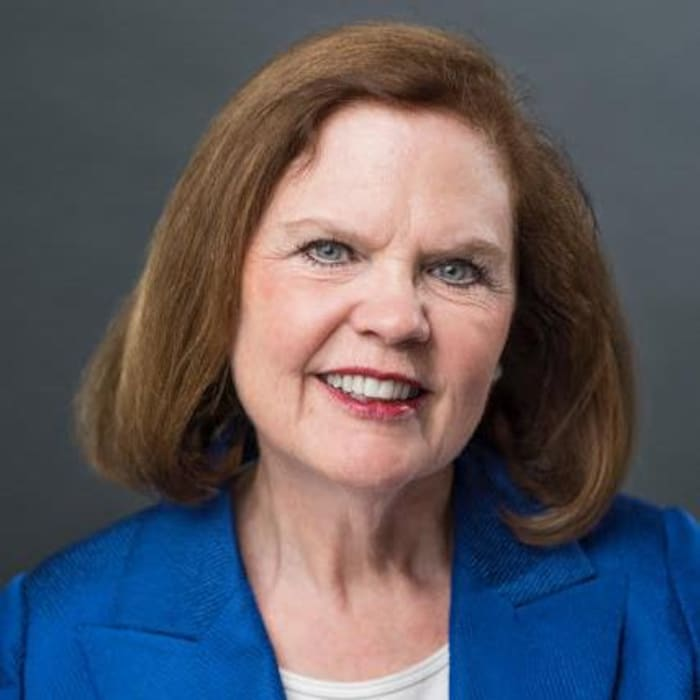加中顾问委员会成员、渥太华大学科学技术与政策研究所的资深研究员玛格丽特·麦凯格-约翰斯顿(Margaret McCuaig-Hohnston)