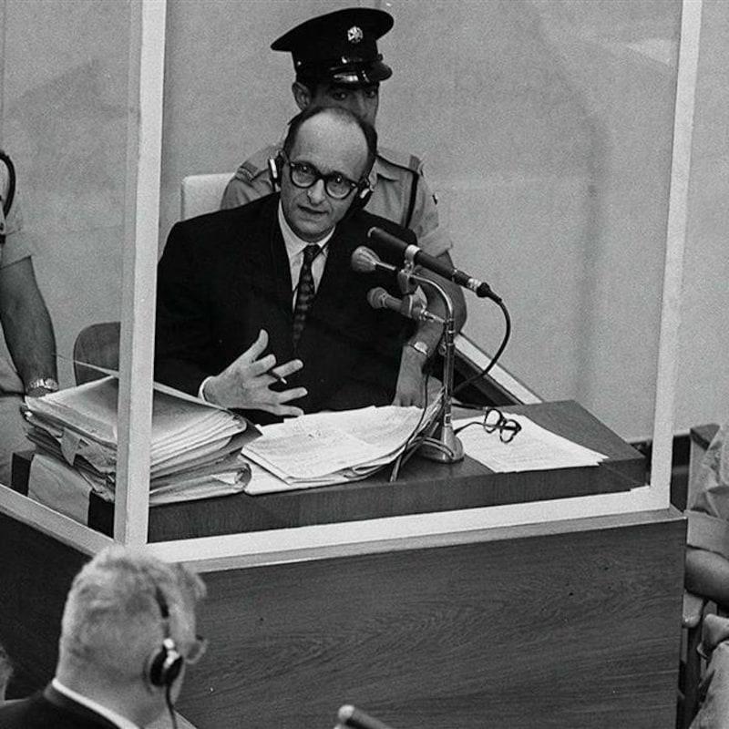 Adolf Eichmann durant son procès, le 22 juin 1961.