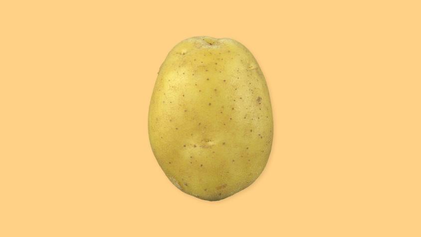 Une pomme de terre entière.