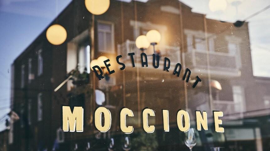 Façade du restaurant Moccione.