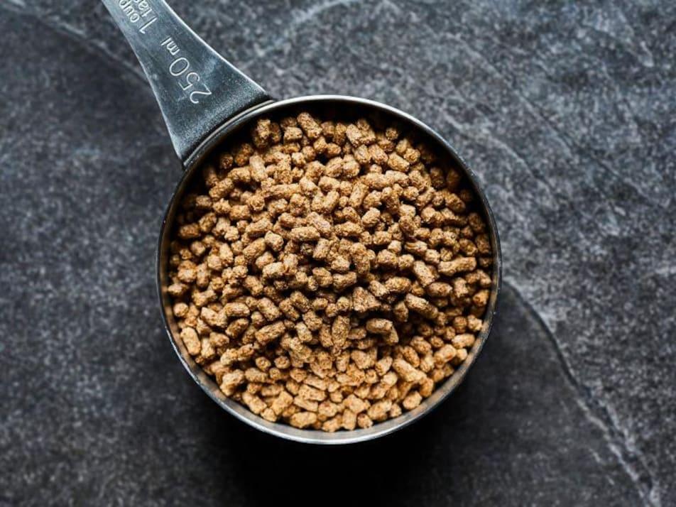 Une dosette avec des céréales de psyllium.