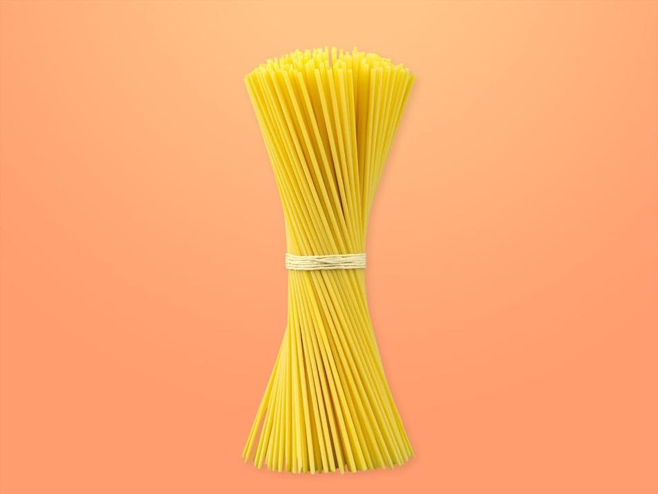 Des spaghettis.