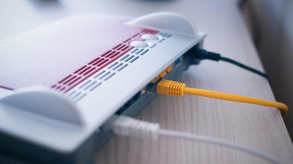 Une photo prise d'un modem.