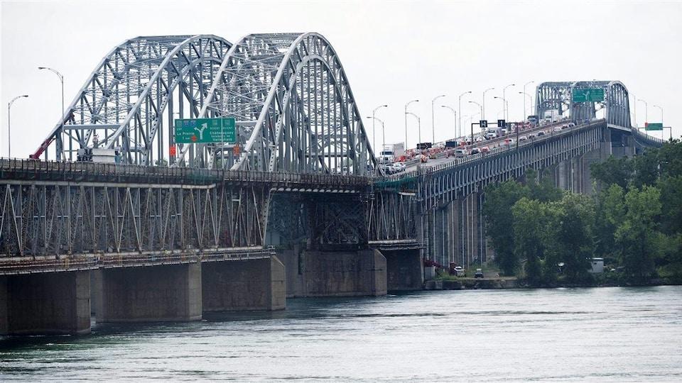 Le pont Honoré-Mercier