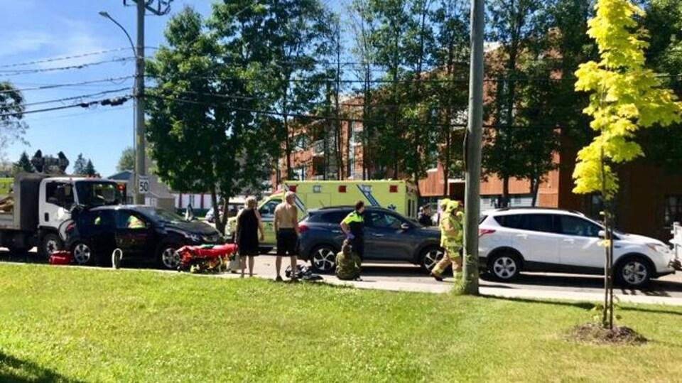 Six véhicules ont été touchés par l'accident.
