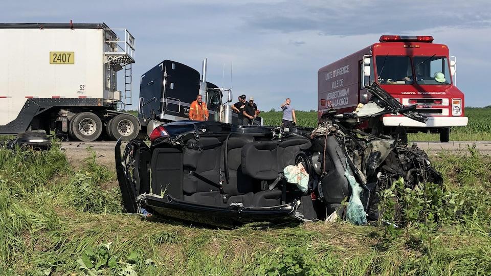 Les véhicules accidentés.