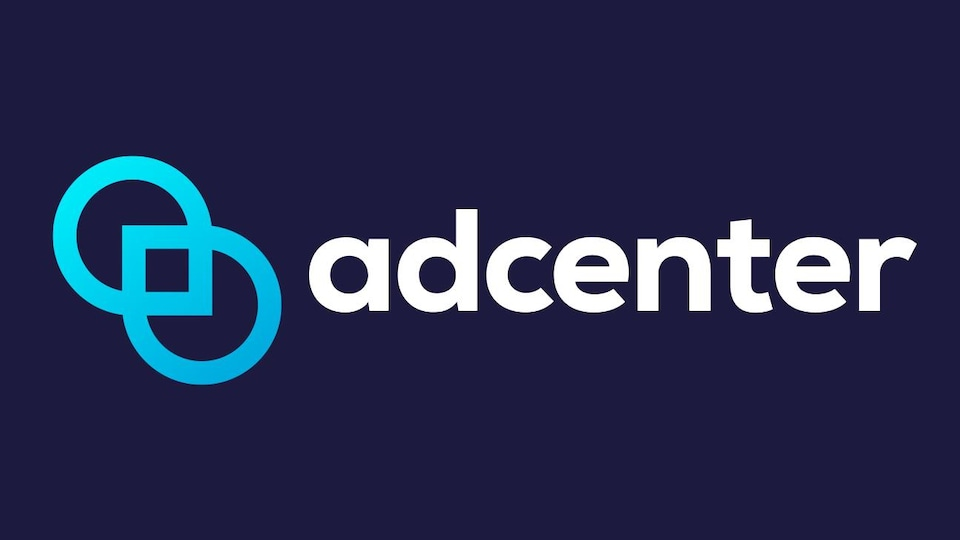 Le logo d'AdCenter sur un fond bleu.