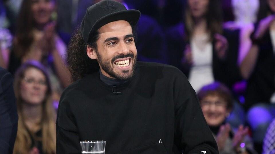 Adib Alkhalidey lors d'un passage à «Tout le monde en parle».