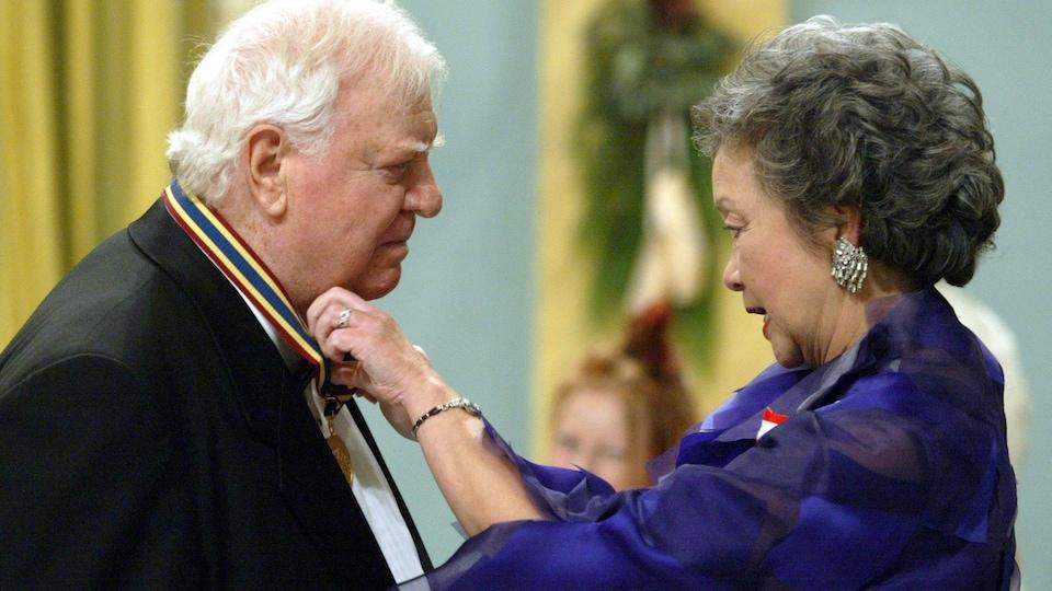 Douglas Campbell et Adrienne Clarkson