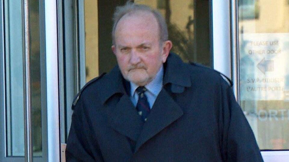 Le toxicologue médico-légal Albert Fraser a examiné des échantillons recueillis lors de l'autopsie de Richard Oland.