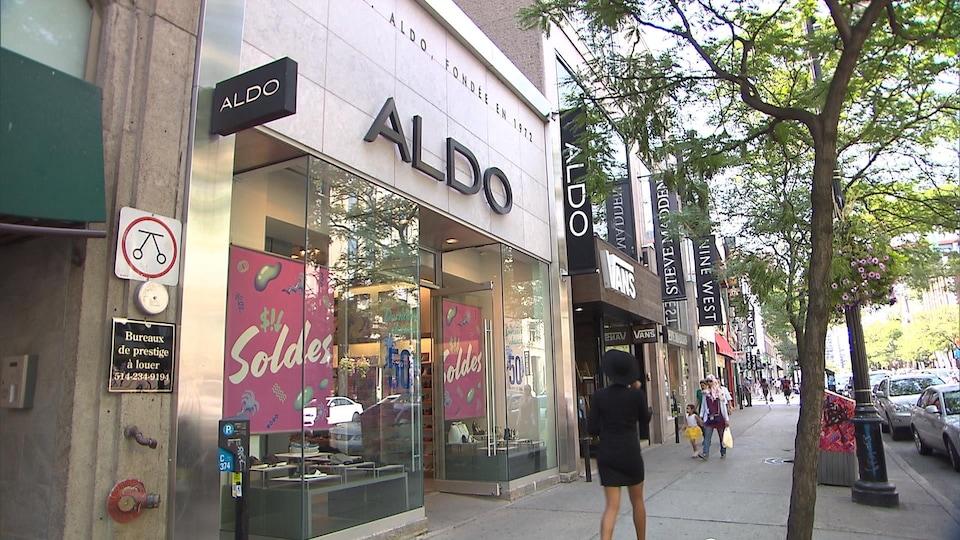 Une boutique de chaussures Aldo.