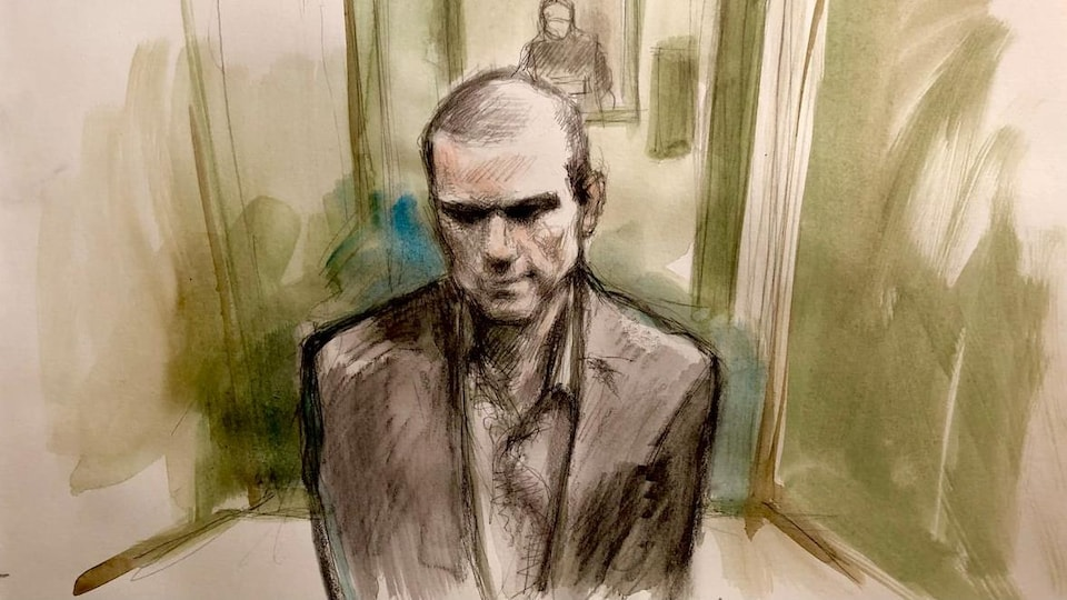 Un croquis de cour montre un homme.