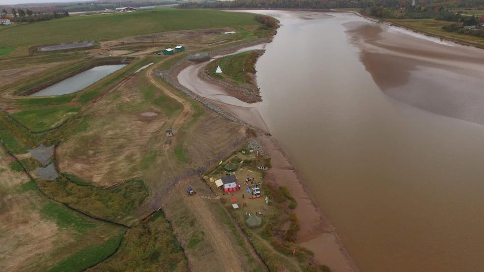 L'entreprise souhaite assécher des grottes salines pour y entreposer du gaz naturel et déverser l'eau dans la rivière Shubenacadie.