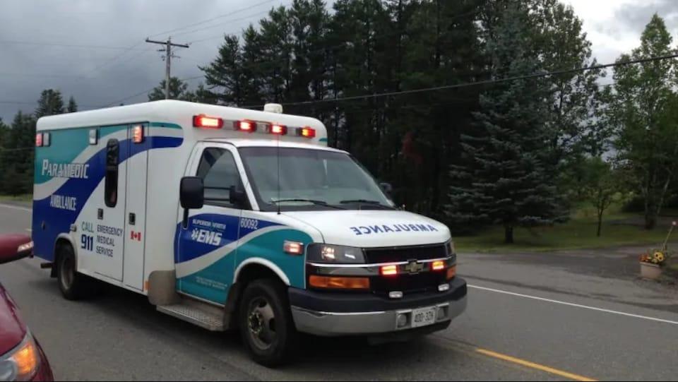 Une ambulance de Thunder Bay.