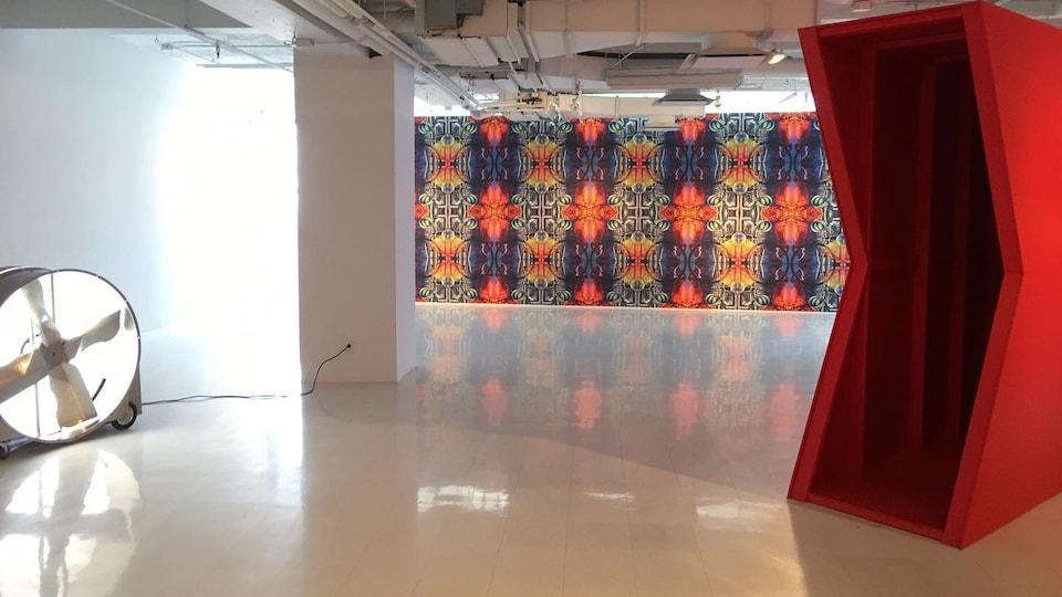 ne vue partielle de l'exposition «Le cercle d'Arcadie» de Amélie Laurence Fortin à la Galerie Des Arts Visuels de Québec