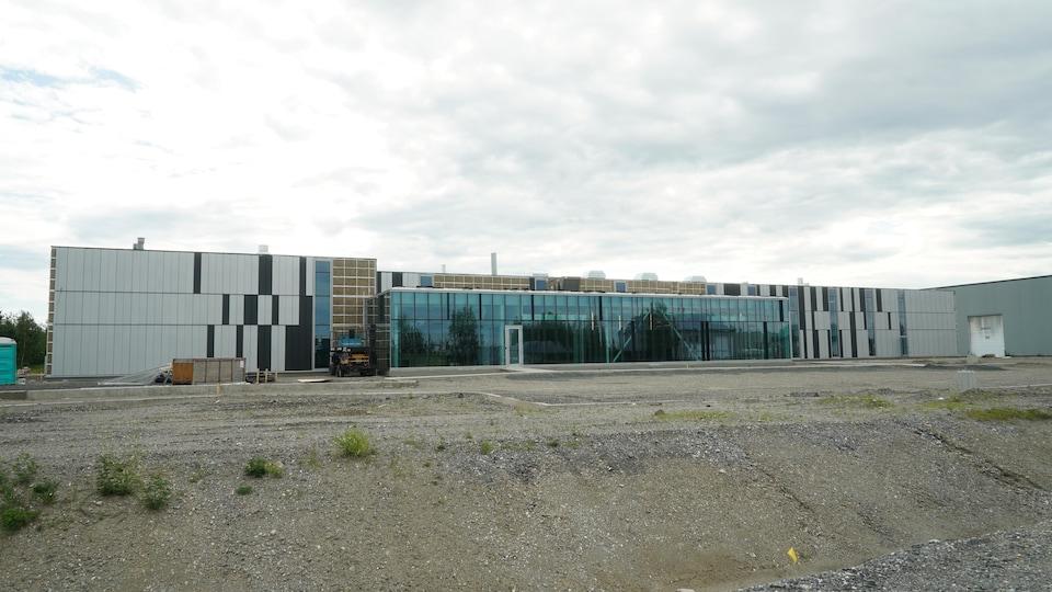 Le chantier de la nouvelle usine d'Anacolor à Saint-Lambert-de-Lauzon.