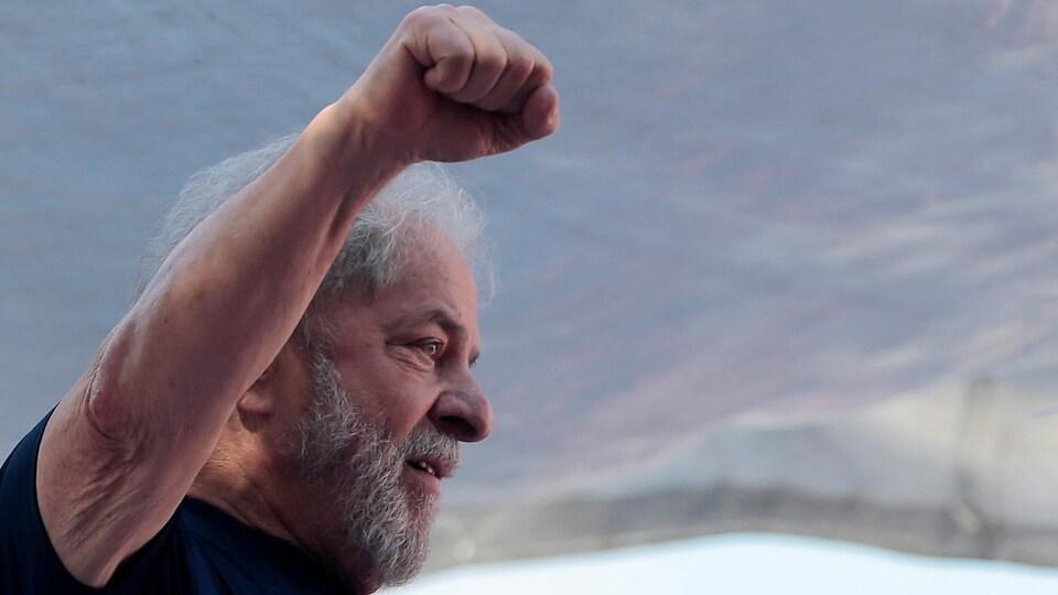 L'ancien président brésilien Luiz Inacio Lula da Silva lors d'une manifestation à Sao Bernardo do Campo.