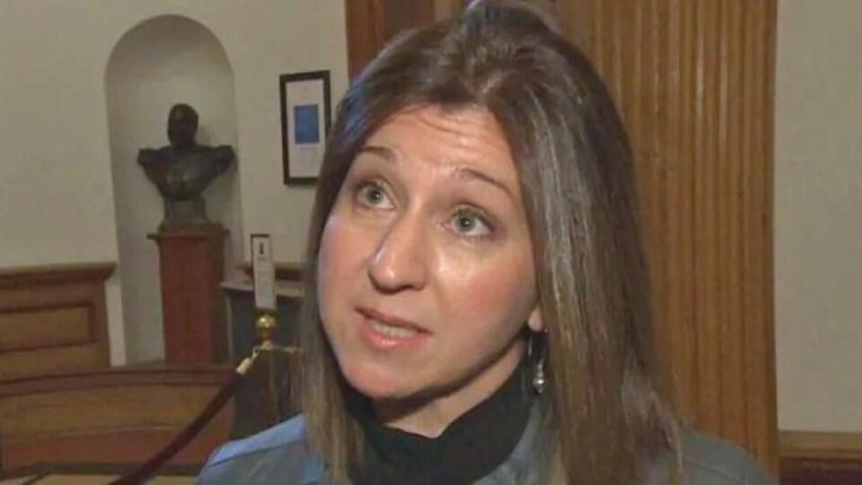 Andrea Anderson-Mason, ministre de la Justice et Procureure-générale du N.-B., en entrevue télévisée.