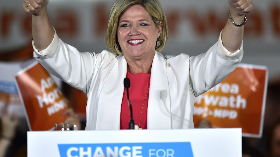 Andrea Horwath et son parti seront l'opposition officielle à Queen's Park
