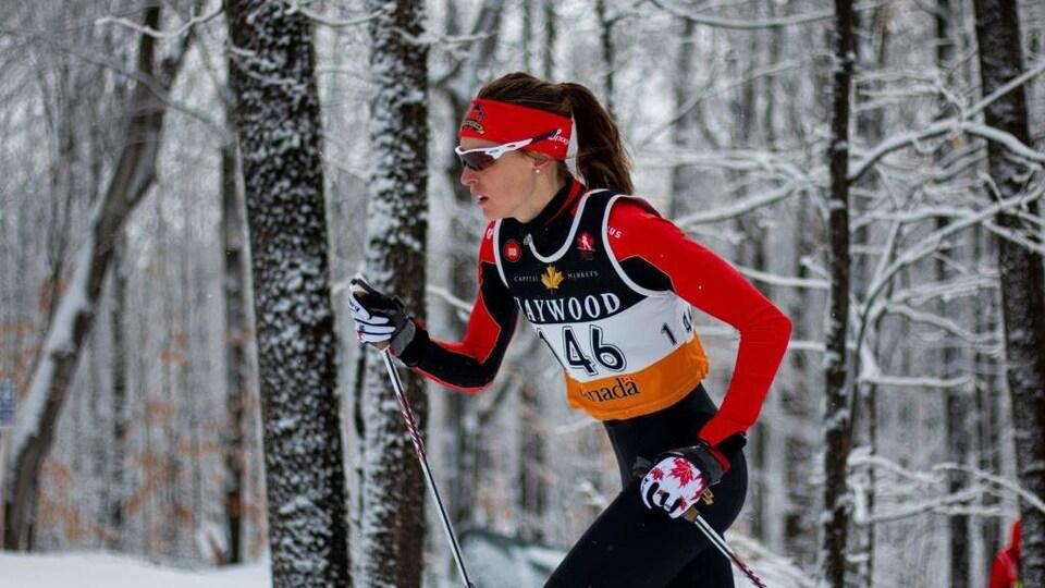 La préparation de Andrée-Anne Théberge et ses coéquipiers du Rouge et Or en vue de la saison pourraient devoir se faire sans neige.