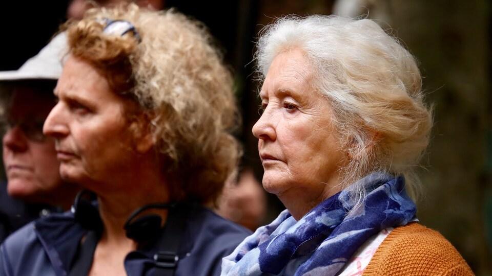 L'actrice Andrée Lachapelle, à droite