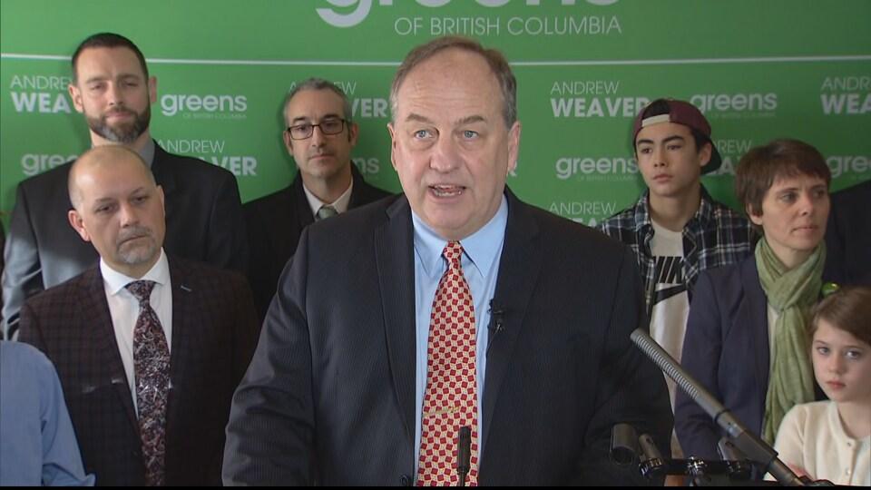 Photo d'Andrew Weaver, chef de file du Parti vert de la Colombie-Britannique, le 30 mars 2017 à Victoria.